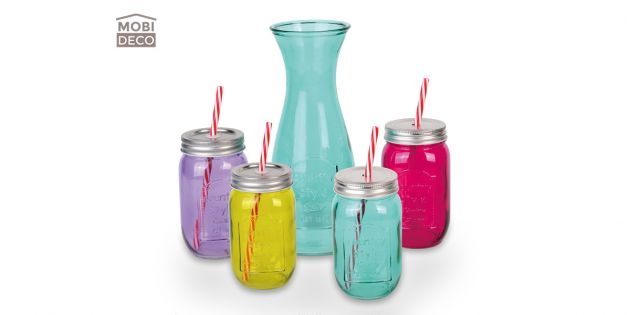 Set 4 vasos colores + botella Mobideco